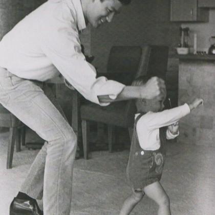 Professor Bruce Lee Linhagem